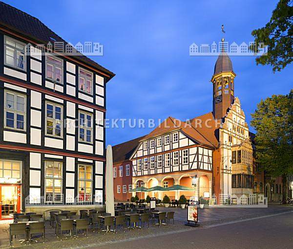 altes rathaus nienburg weser architektur bildarchiv. Black Bedroom Furniture Sets. Home Design Ideas