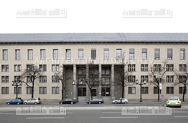 finanzamt charlottenburg berlin