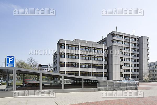 Finanzamt oldenburg architektur bildarchiv for Architektur oldenburg