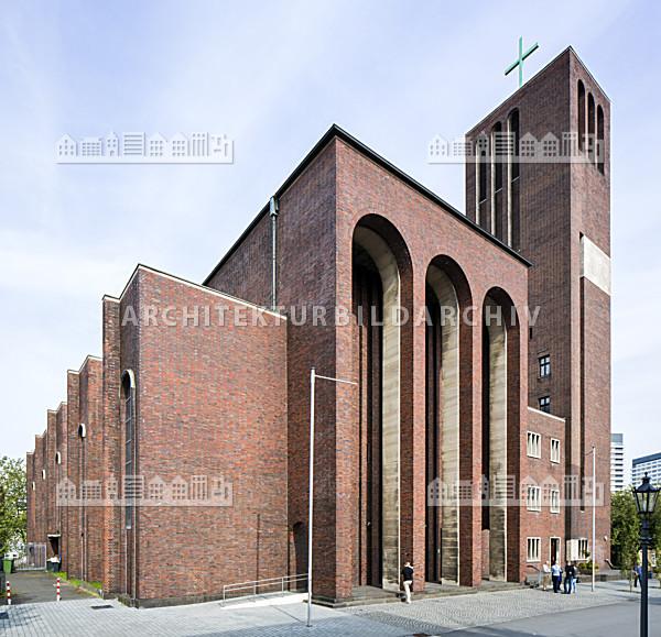 Kirche St. Mariä Geburt Mülheim an der Ruhr - Architektur