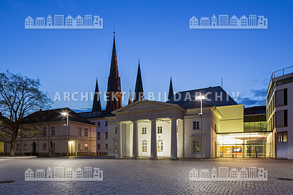 Schlosswache oldenburg architektur bildarchiv for Architektur oldenburg