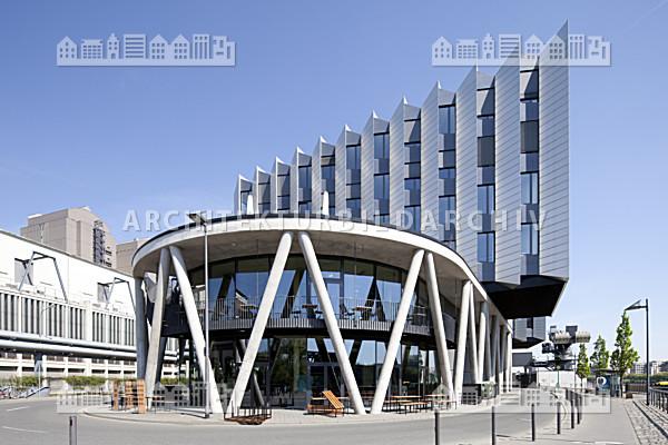 Westhafen pier frankfurt am main architektur bildarchiv for Architektur frankfurt